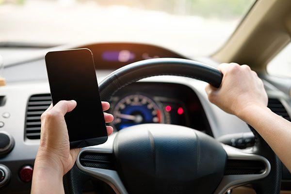 La DGT estudia endurecer algunas conductas en la circulación vial y actualizar el carnet por puntos